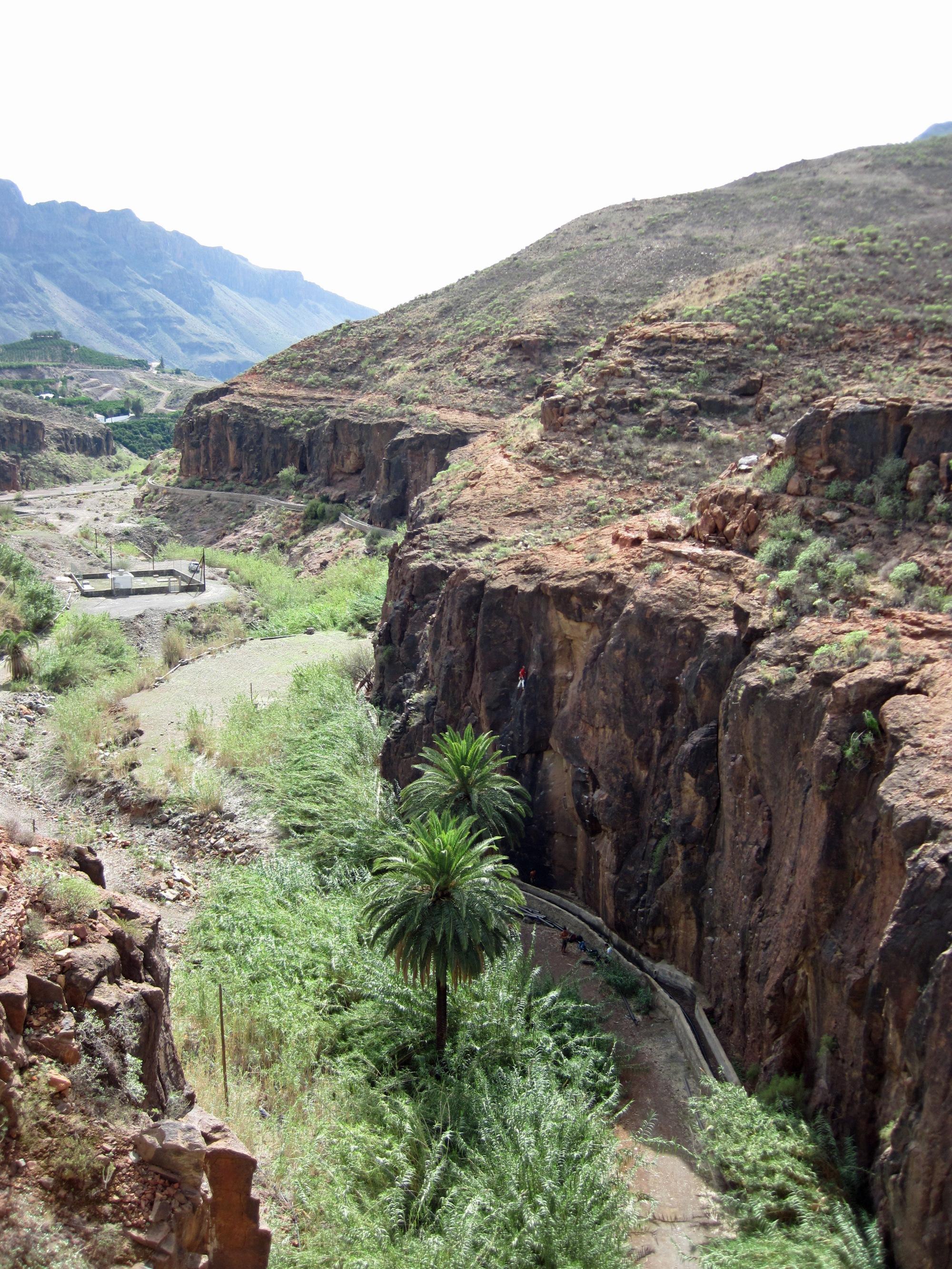 Climbing at Fataga