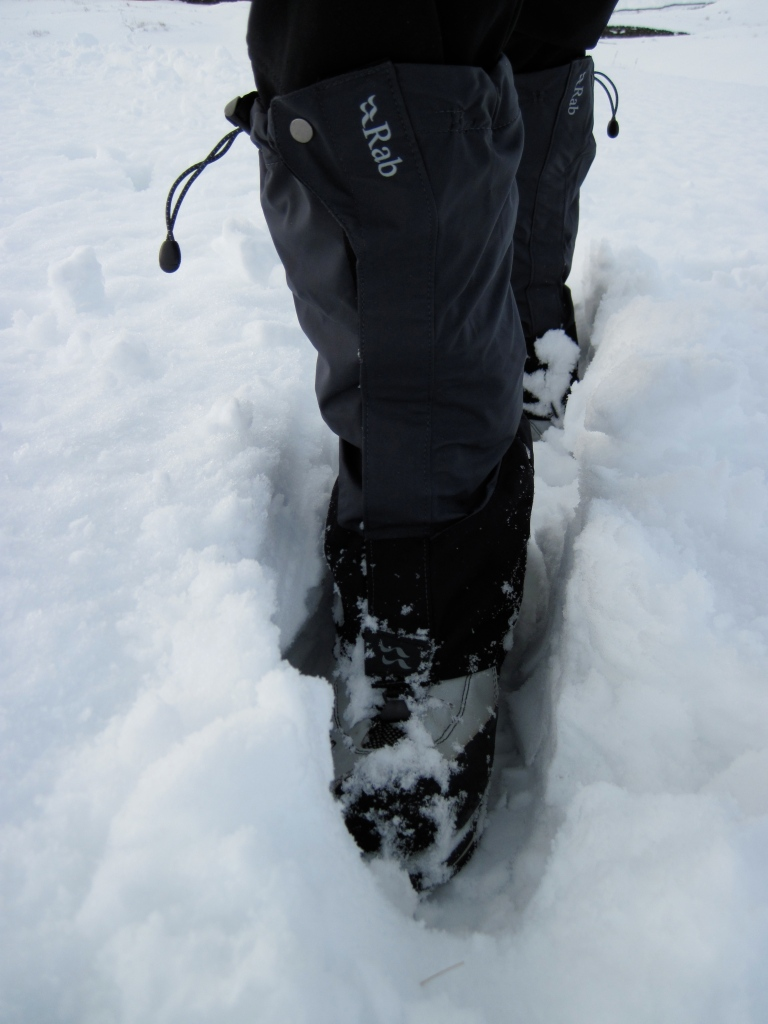 Snowy gaiters