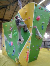 Valerie bouldering