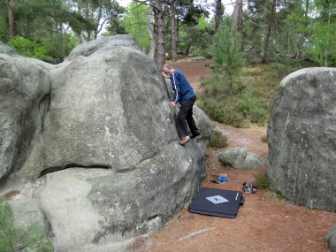 Me climbing yellow problem number 5 at Le Cul de Chien.