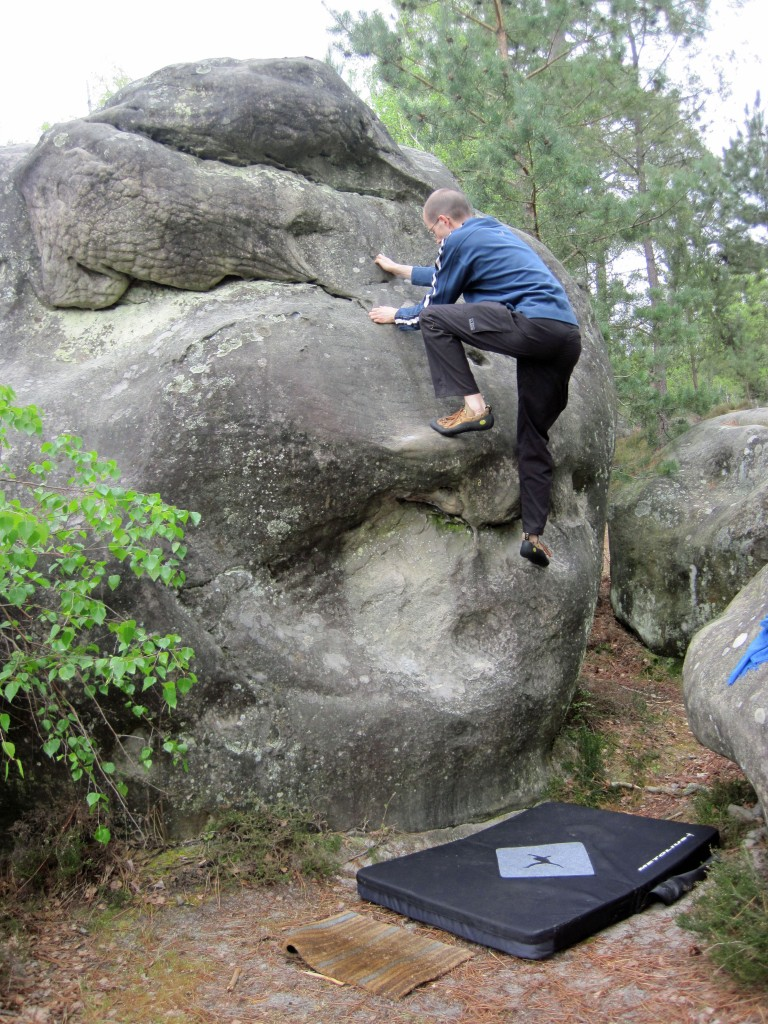 Me climbing problem number 8 on the yellow circuit at Le Cul de Chien.