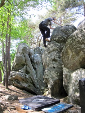Me climbing problem yellow 28 at Buthiers Piscine.