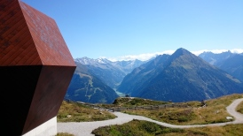The Granatkapelle overlooking the peaks of the Zillertal.