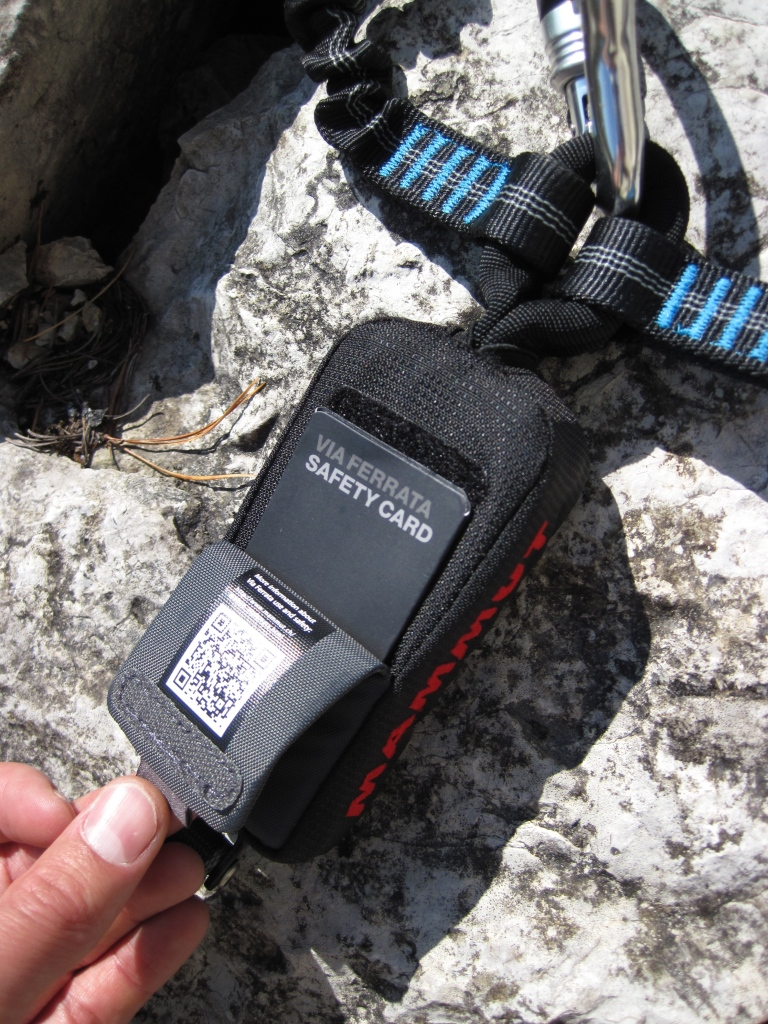 The safety card in a pouch in the Mammut Tec Step Bionic Turn 2.
