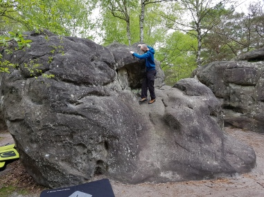Traversing on problem 9 on the yellow circuit at Canche aux Merciers.
