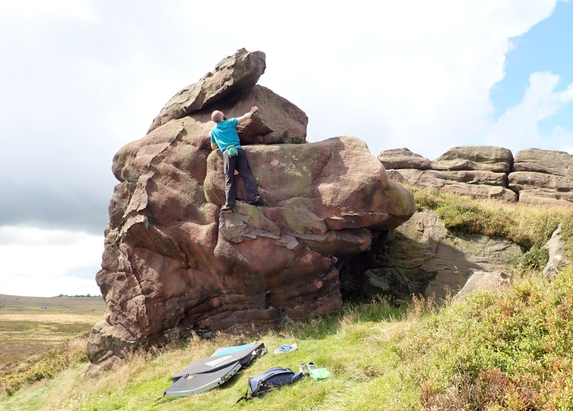 Roaches and NewstonesBouldering